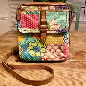 Fossil Leather Crossbody Purse 😍 Floral Patchwork